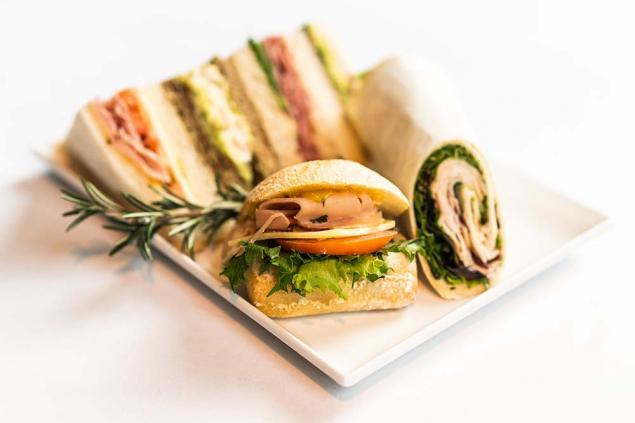 Combination Lunch Platter