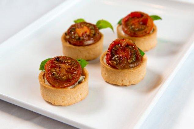 Whipped Basil Ricotta & Blistered Cherry Tomato Tartlet